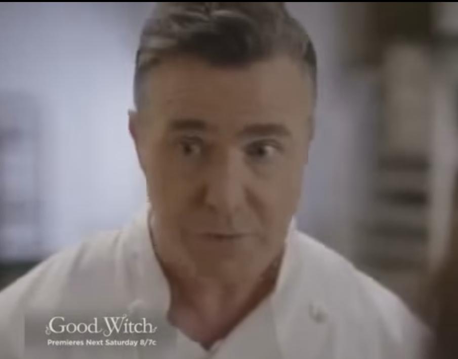 Paul McGillion as Chef Oliver aomh