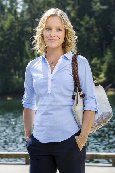 Sarah Smyth (Justine)