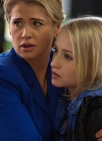 Kristy Swanson as Sarah Palmer & Emily Tennant as Christy Palmer