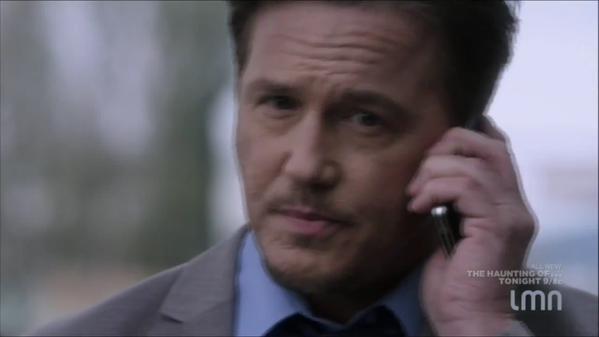Lochlyn Monroe as Detective Boyce