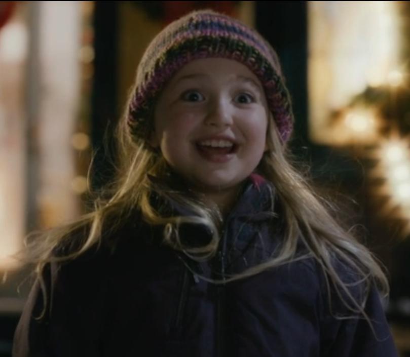 Ava Telek as Jenny
