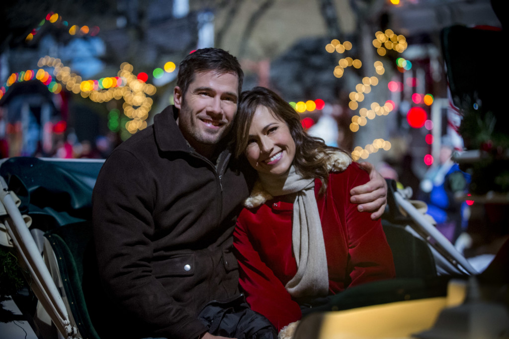 Luke Macfarlane as Tucker, Nikki Deloach as Jules Credit: Copyright 2015 Crown Media United States, LLC/Photographer: Fred Hayes