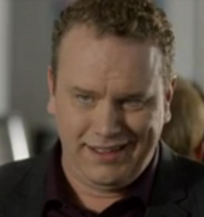 Bill O'Grady (Detective Lynwood)