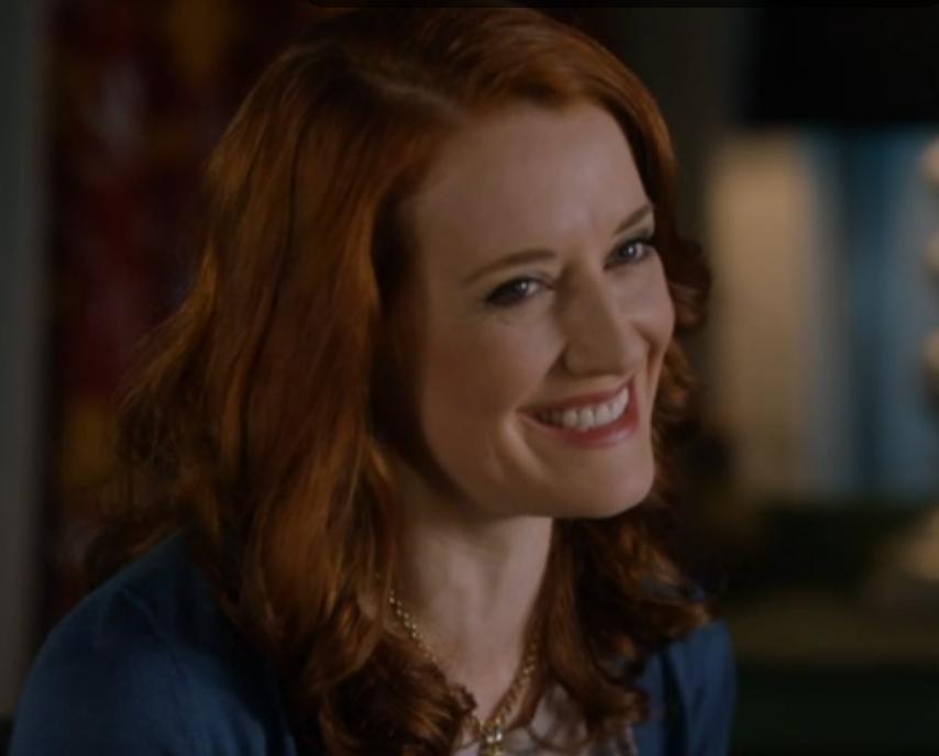 Johannah Newmarch as Susan Lynwood