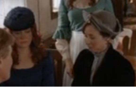 Johannah Newmarch as Molly,Loretta Walsh as Florence