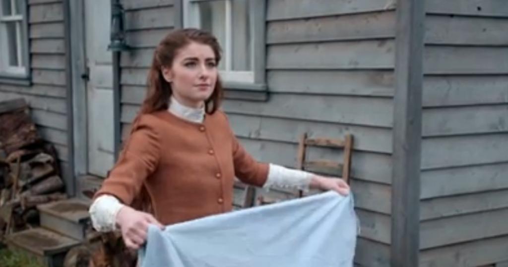 Mackenzie Cardwell as Lucy Benson