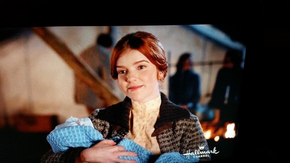 Ali Milner (Edith)