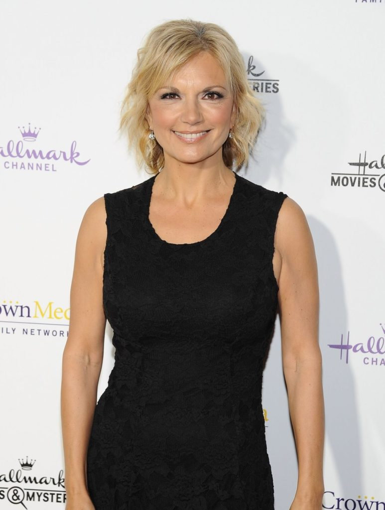 teryl-rothery-hallmark-channel-2015-winter-tca-party_1.jpg