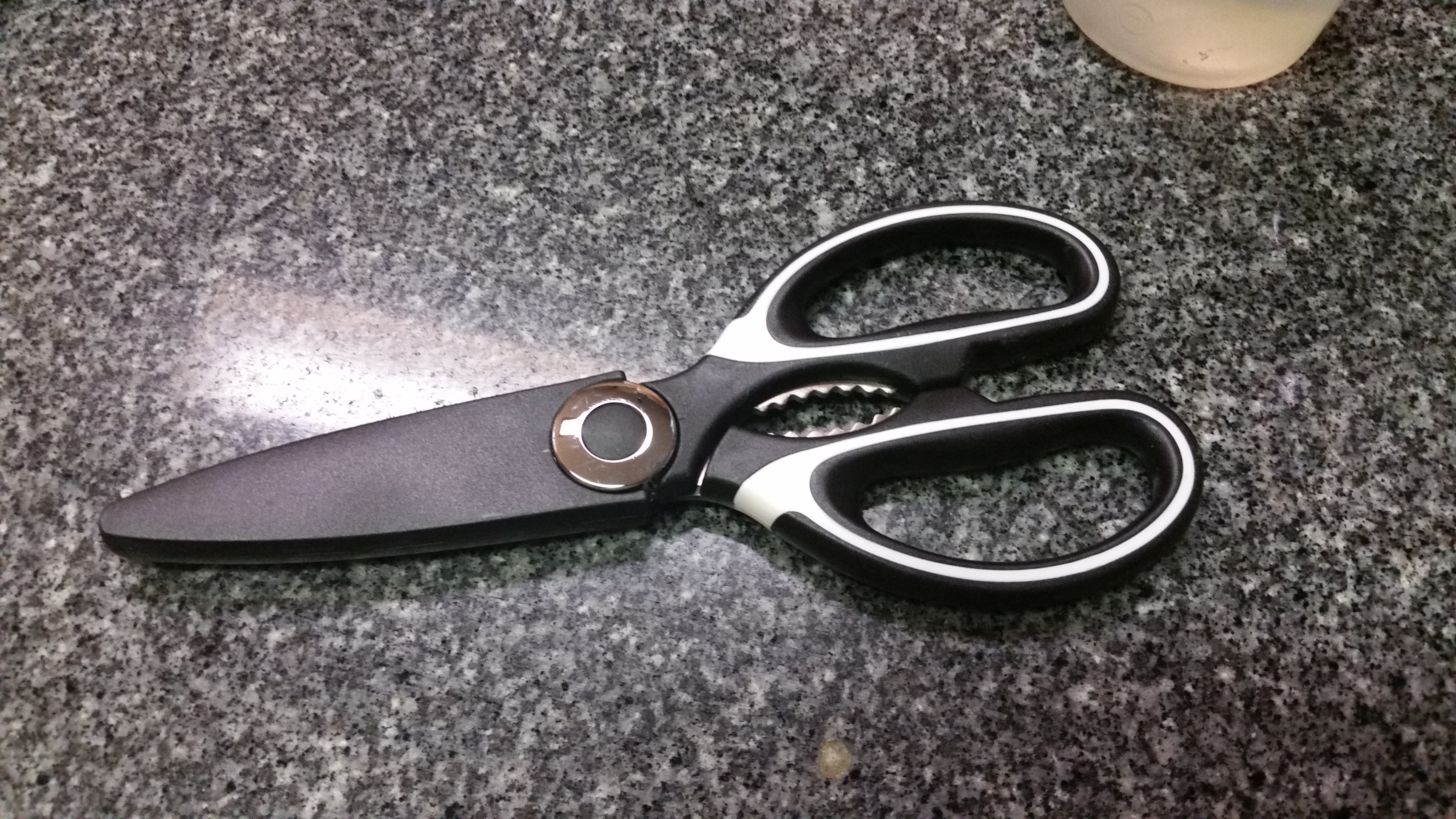 watch youtube shears kitchen